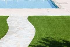 cesped-artificial-piscina